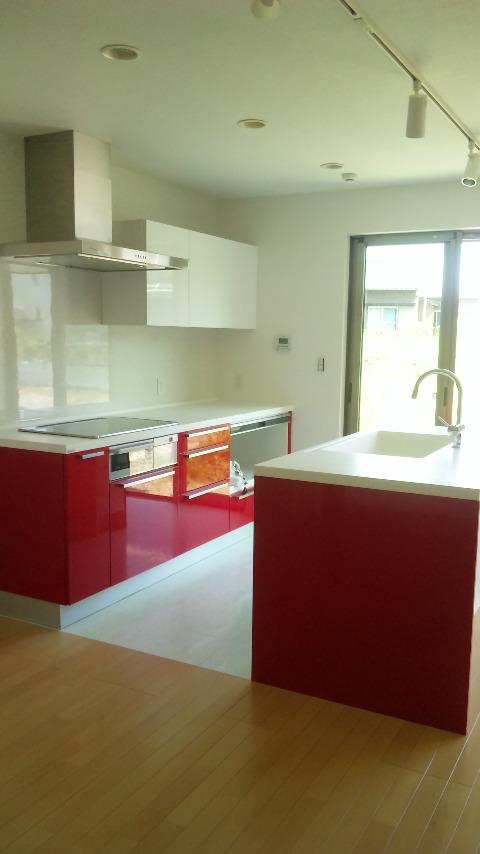 新居のキッチン